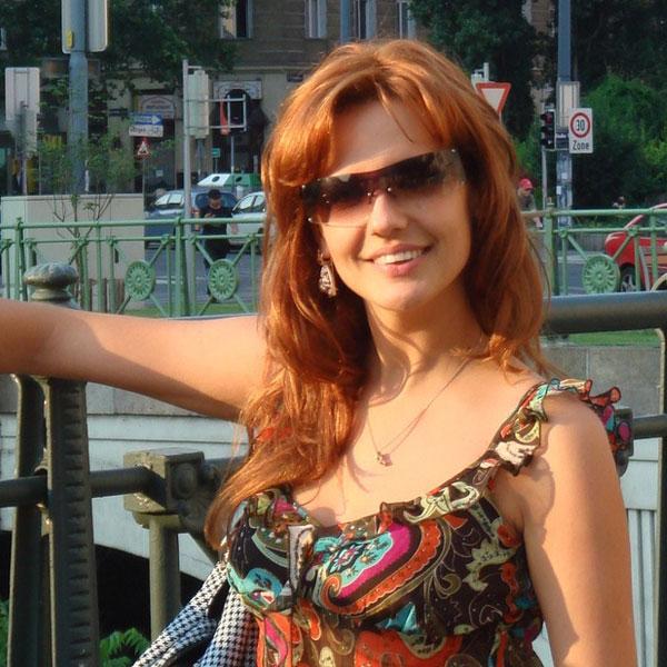 Алена Овсянникова